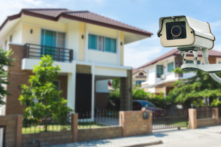 keep-an-eye-on-your-home-with-surveillance-cameras